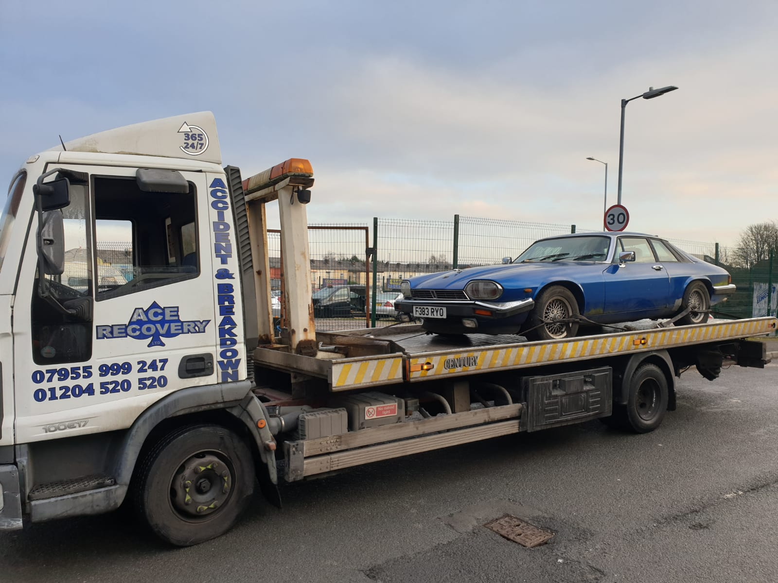 Best Van Recovery In Bolton