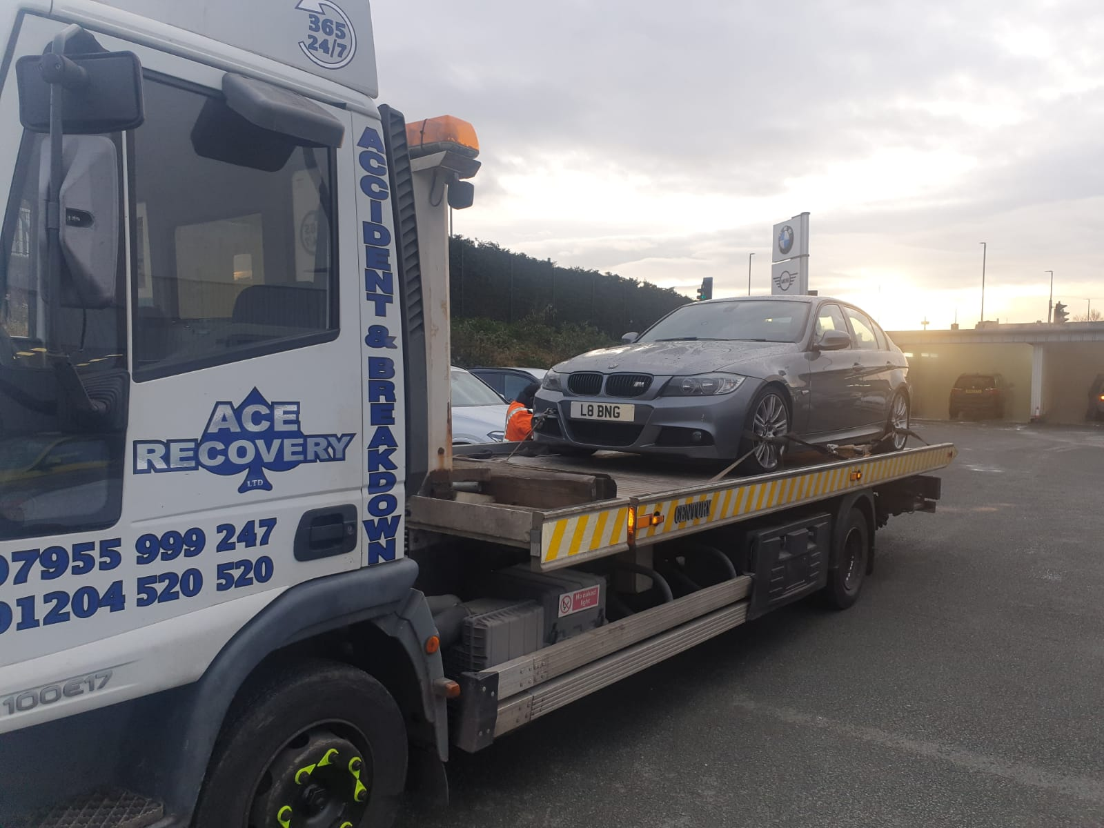 Merits Of Selecting The Best Van Recovery In Bolton